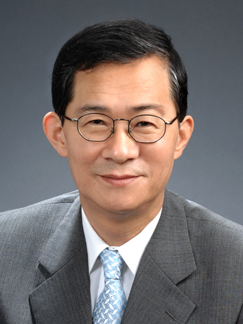 YoungPak Lee