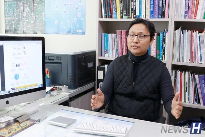 【本月研究者】生命科学系崔济民教授