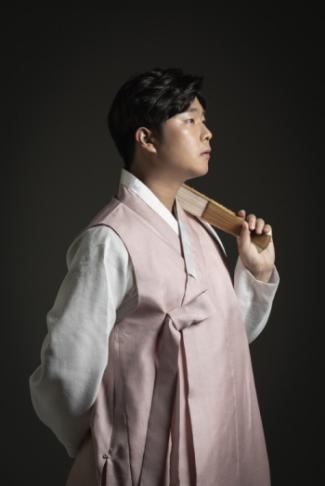 [瞩目!汉阳人]高永列(Ko Yeong-yeol)校友,扩展韩国传统歌手与国乐的领域